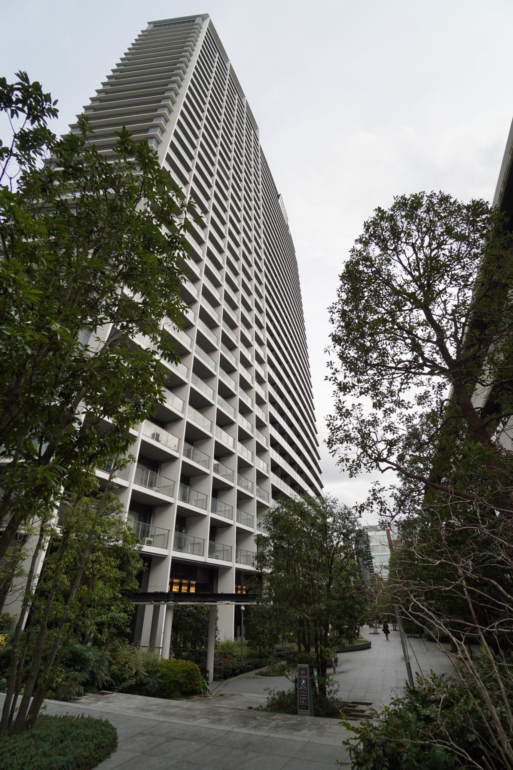 コンフォリア新宿イーストサイドタワーの写真1