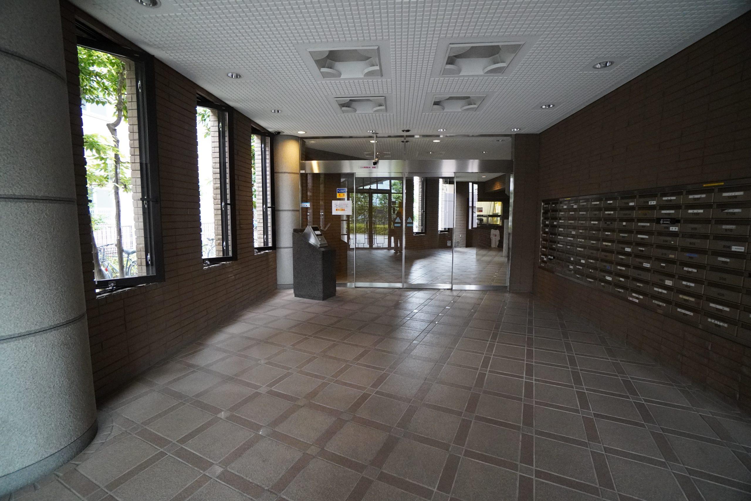 【現在内装工事中・内見可】武蔵浦和駅 9階 65.09㎡の写真2